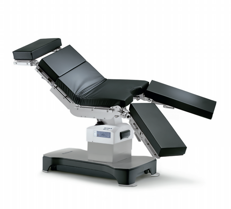The mobile operating table Maquet Meera offers incredible flexibility to support a variety of procedures. An extended longitudinal shift enhances intraoperative imaging and access for improved patient safety. Maquet Meera is particularly well-suited to bariatric surgery. The table offers premium features at an excellent price-performance ratio, helping your hospital to deliver excellent care without breaking your budget for capital equipment.