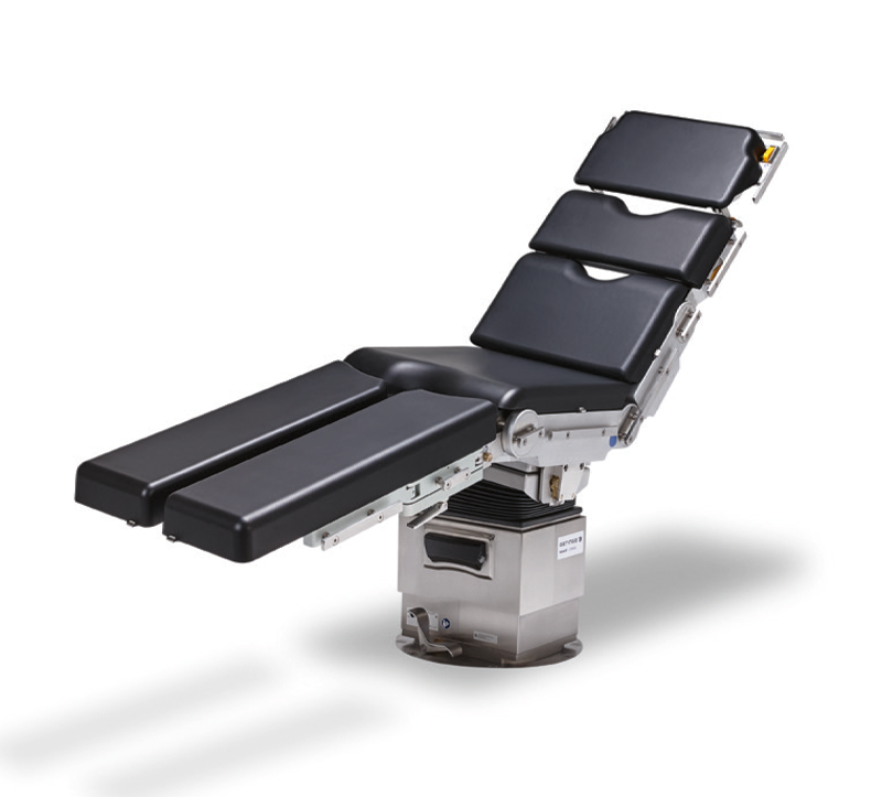 Maquet Otesus is the evolution of the proven Maquet Alphamaquet 1150 Operating Table System. With Maquet Otesus, Getinge has applied its knowledge, resources, and expertise to optimize OR utilization and improve patient safety. It is the result of a continuous improvement journey spanning many decades. It has been updated to meet the comfort, safety and flexibility requirements of multiple surgical disciplines in the modern OR.