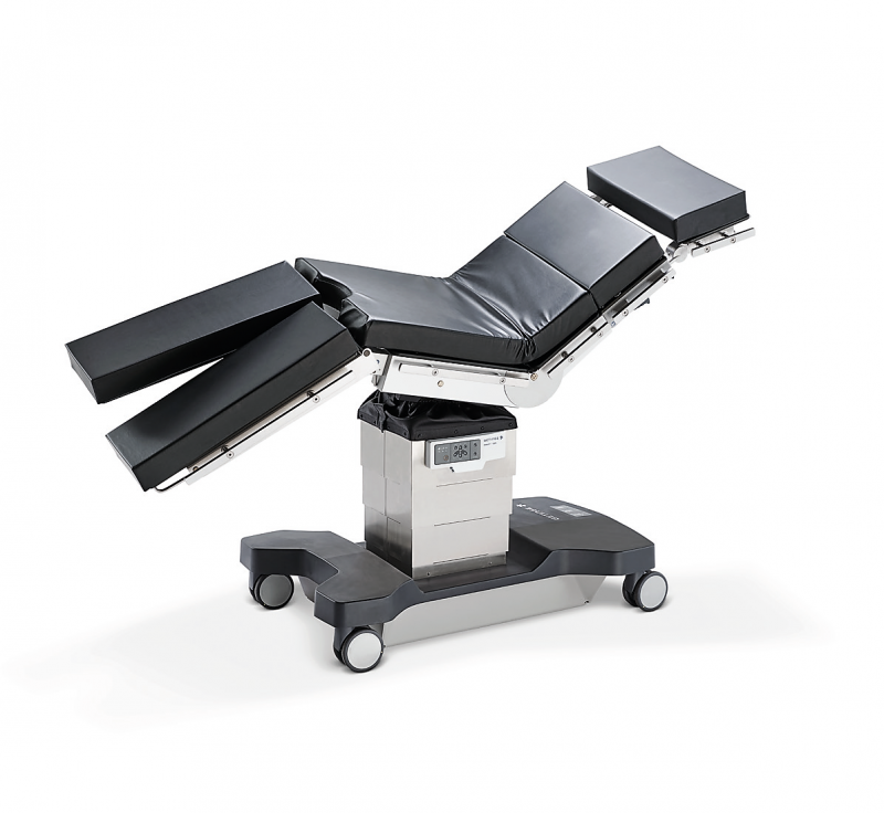 The Maquet Lyra Mobile OR Table is designed to work for almost all surgical disciplines, increasing the options for each OR. Plus, it's compatible with all existing Getinge Mobile OR Table accessories that you may already have, maximizing the return on your investment.